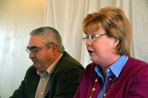 Frank Phelps, left, and Elizabeth Harsh of the Ohio Cattlemen's Assoc. at the December OFU board meeting.