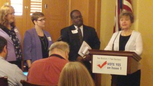 OFU Executive Director Linda Borton speaks on behalf of State Issue 1 at a recent League of Women Voters-Common Cause Ohio news conference in Columbus.